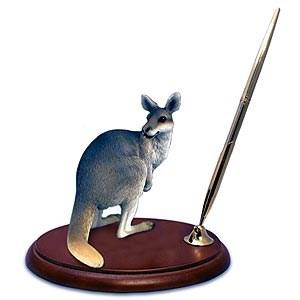 Kangaroo Pen Holder
