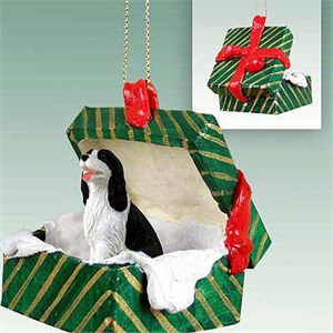 Springer Spaniel Gift Box Christmas Ornament Black-White