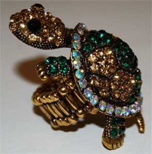 Dazzling Turtle Rhinestone Stretch Ring